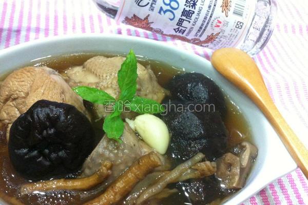 肉骨茶香菇鸡汤的做法