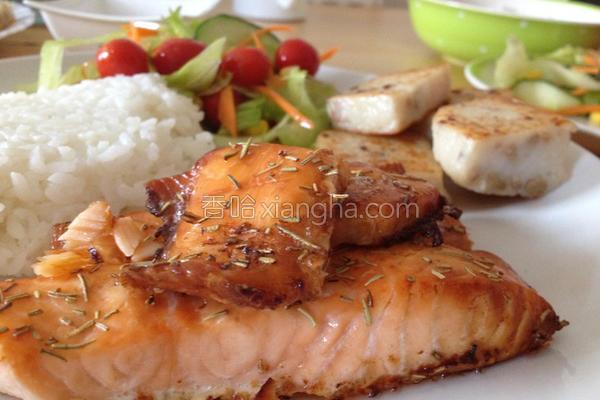 迷迭香烤鲑鱼的做法