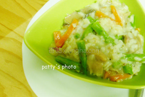 茶香野菇燻鸡焗饭的做法