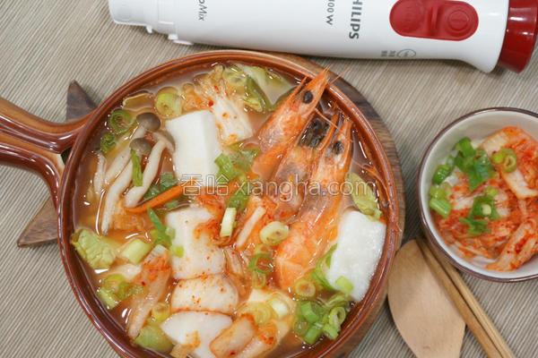 韩式泡菜年糕汤的做法