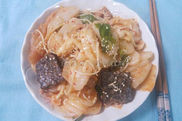 泡菜菇菇年糕的做法