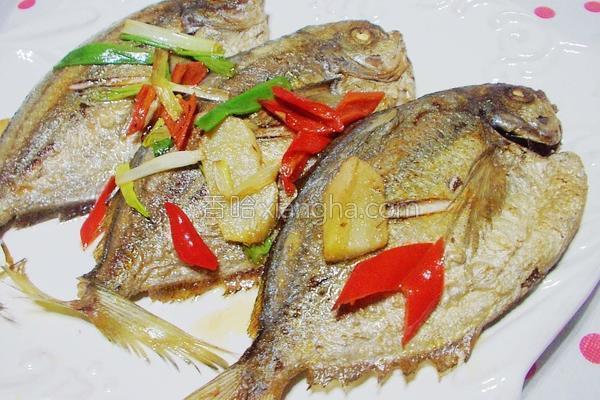 辛香油煎肉鲳鱼的做法