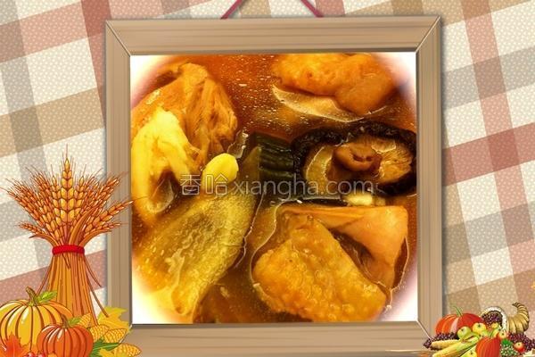 黑瓜蒜头鸡汤的做法
