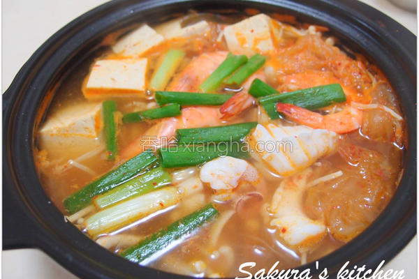 泡四季豆腐锅的做法