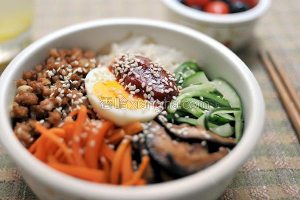 爱妻饭盒韩式拌饭的做法