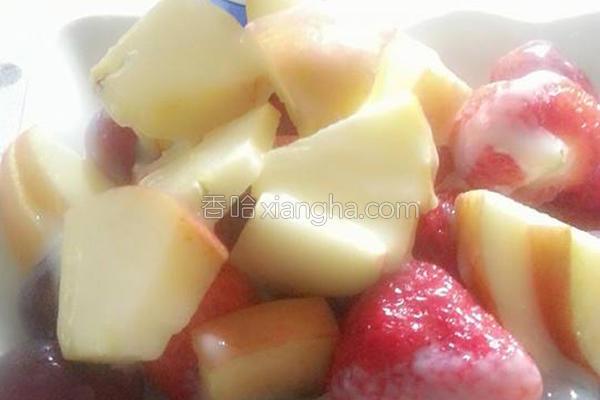 炼乳水果拼盘的做法