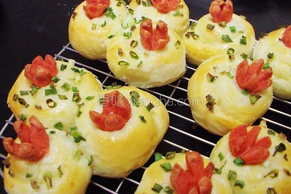 香葱火腿面包的做法