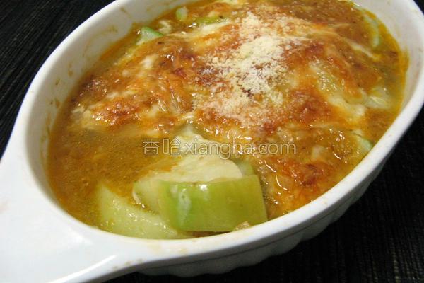洋葱肉燥焗丝瓜的做法