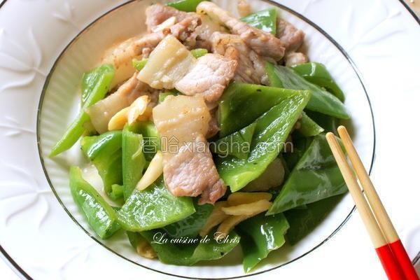 咸猪肉炒青椒的做法