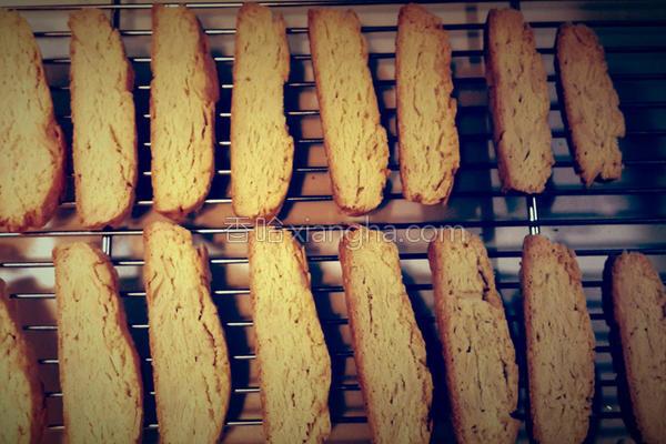 杏仁意式脆饼的做法