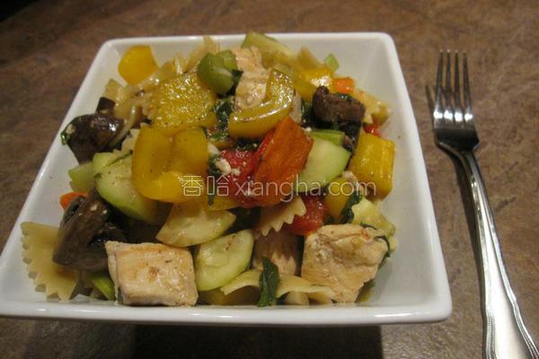 烤蔬菜鸡肉蝴蝶面的做法