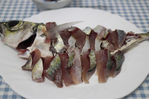竹荚鱼刺身的做法