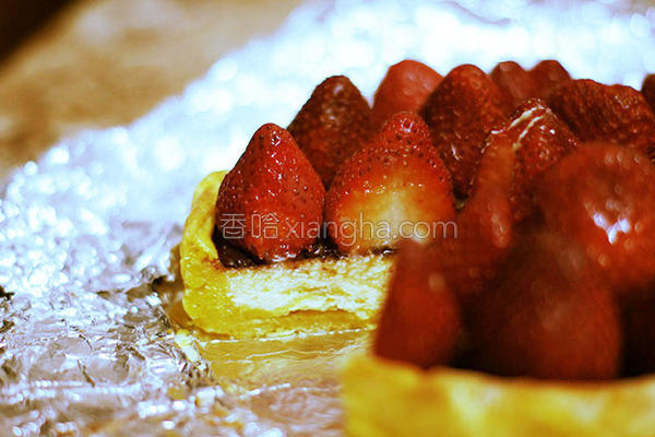 草莓巧克力乳酪派的做法