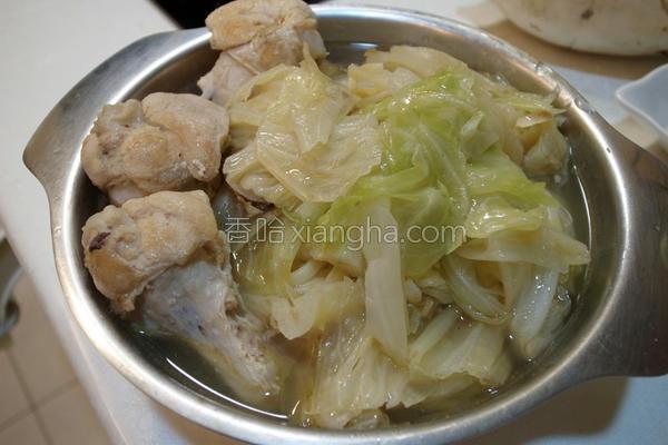 麻油鸡蔬菜汤面的做法