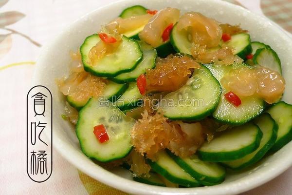 香蒜蜇头拌小黄瓜的做法