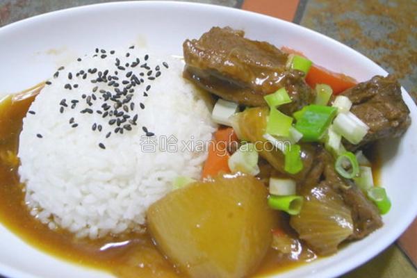 红烧牛腩烩饭的做法