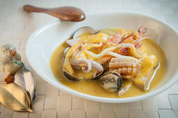 南瓜海鲜汤的做法