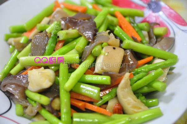芦笋时蔬炒杏鲍菇的做法
