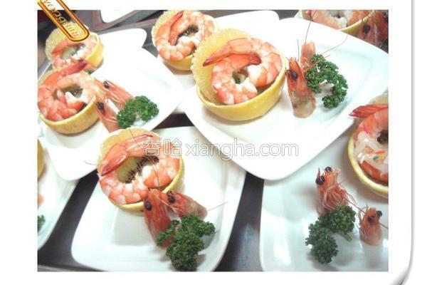 柳澄鲜虾沙拉的做法
