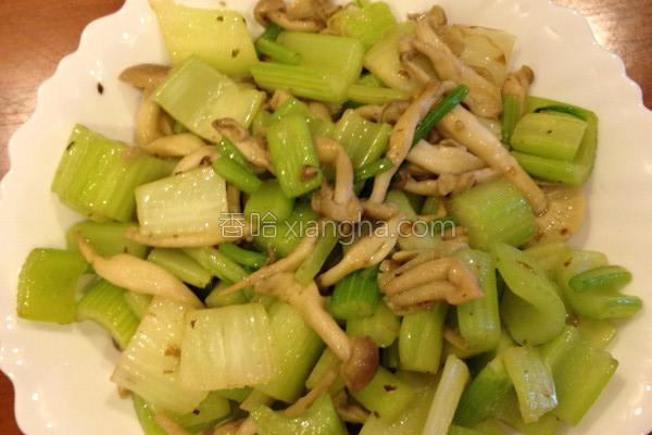 清炒西芹菇菇的做法