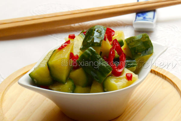 辣味凉拌盐麹黄瓜的做法