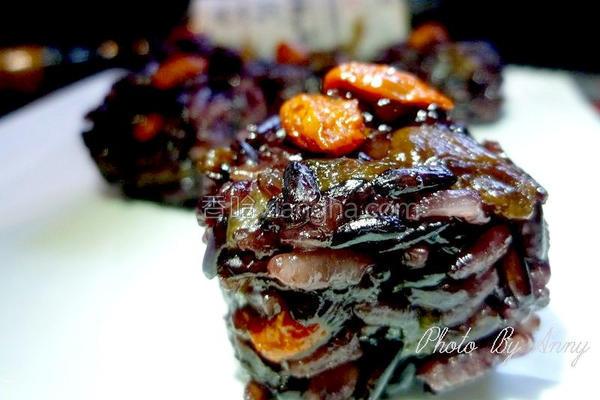 酒香桂圆紫米糕的做法