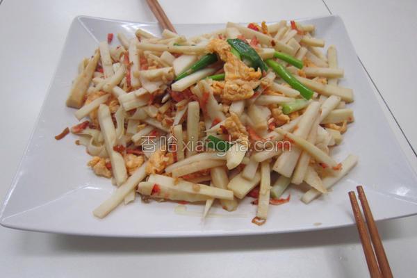 食台式炒笋的做法