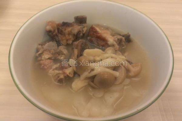苦瓜排骨菇菇汤的做法