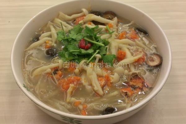 蟹黄菇白鲜竹羹的做法