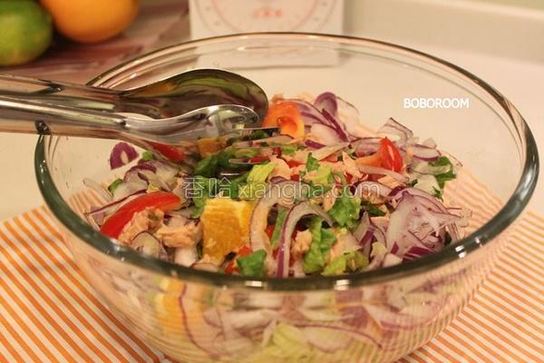 蔬果鲔鱼沙拉的做法