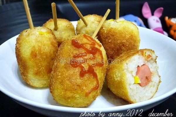 鲔鱼米热狗的做法