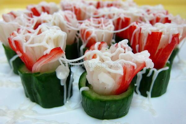 蟹棒黄瓜卷的做法