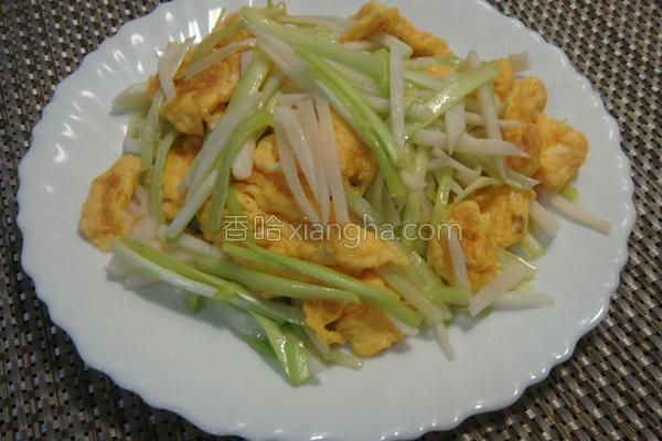 韮黄笋丝炒蛋的做法
