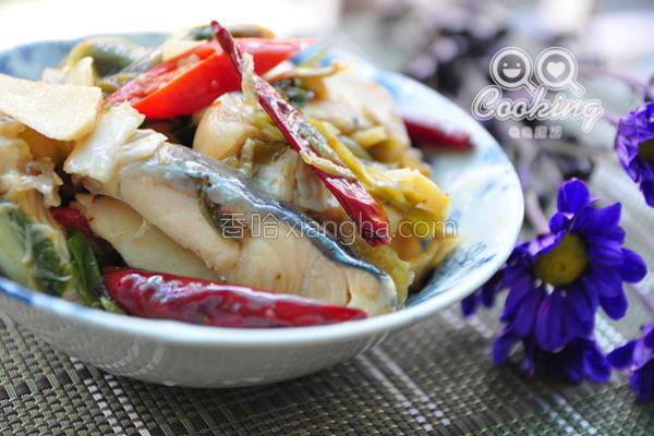香辣酸菜鲟鱼片的做法
