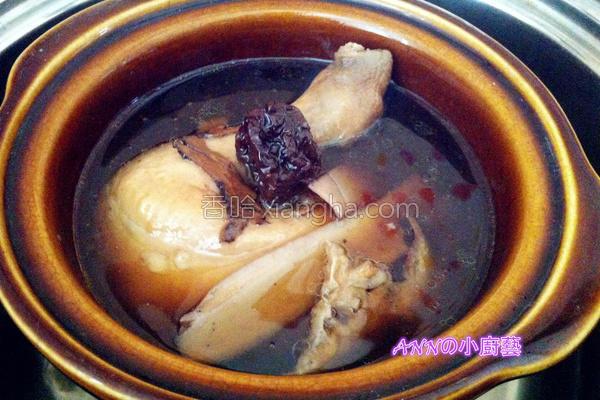 八珍炖鸡汤的做法