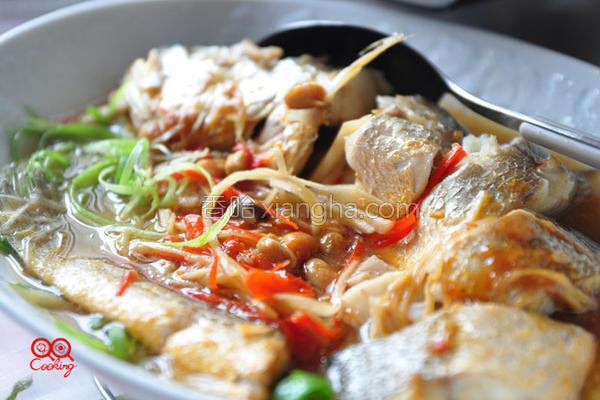 锅豆鼓味噌蒸鲜鱼的做法