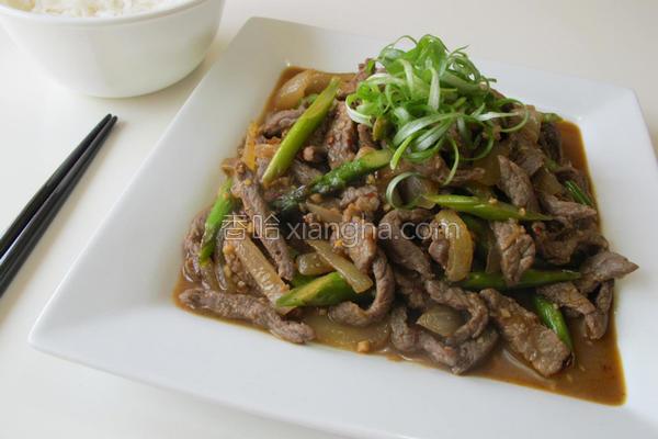 芦笋炒牛肉丝的做法