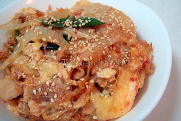 泡菜鲔鱼盖饭的做法
