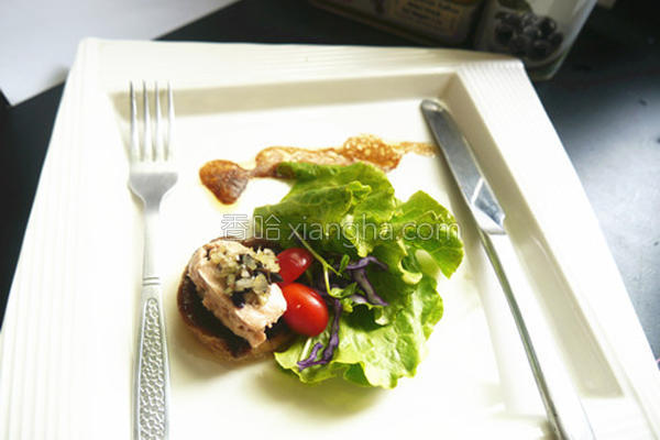 烟燻鳕鱼肝沙拉的做法