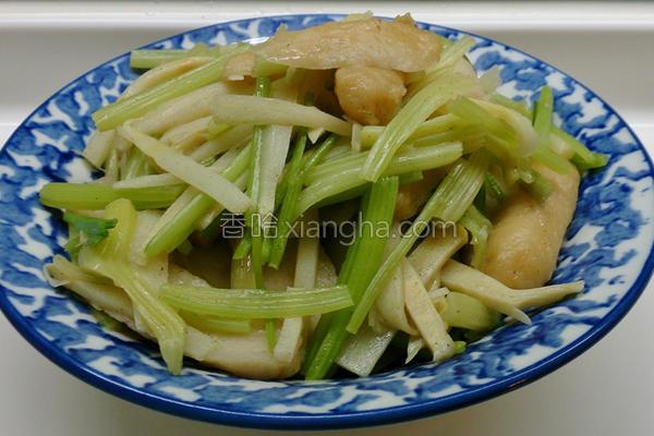 芹菜炒杂烩的做法