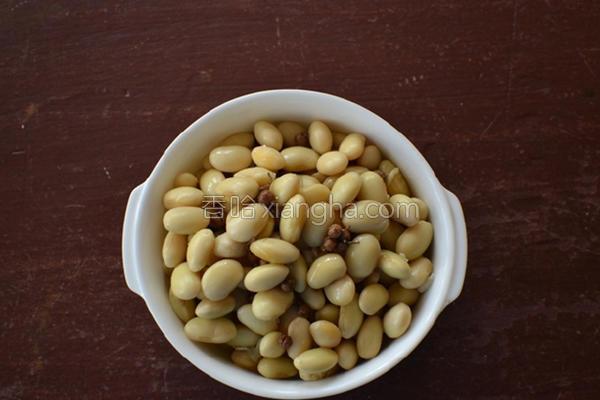卤水黄豆的做法