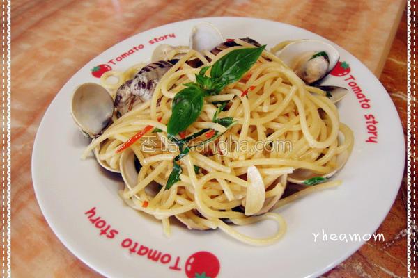 蒜辣蛤蜊意大利面的做法