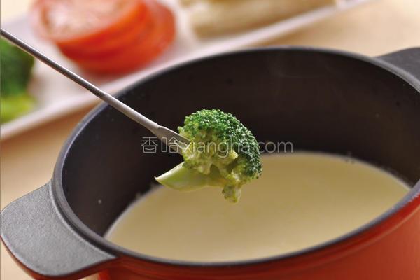 瑞士起司锅的做法