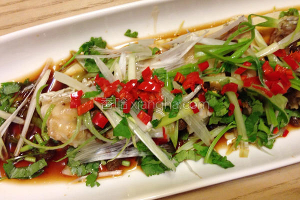 剁椒豆豉清蒸鱼片的做法