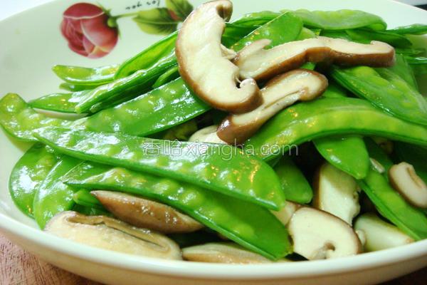 扁豆炒菇的做法