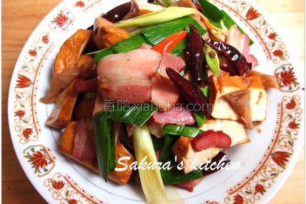 辣炒香干腊肉的做法