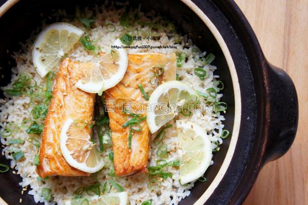 鲑鱼炊饭的做法