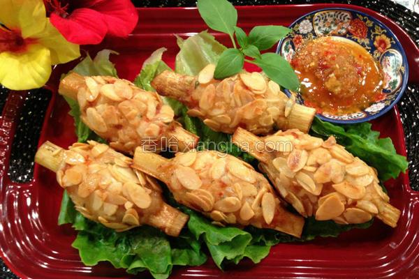 越式杏仁片䉀虾的做法