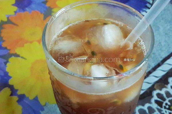 蜂蜜百香果冰茶的做法