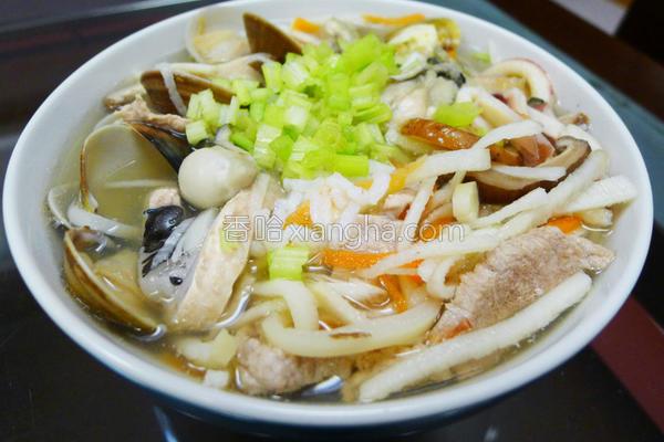 香菇笋丝海鲜粥的做法